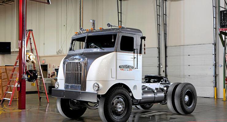 70 Jahre Freightliner, Das Modell 600