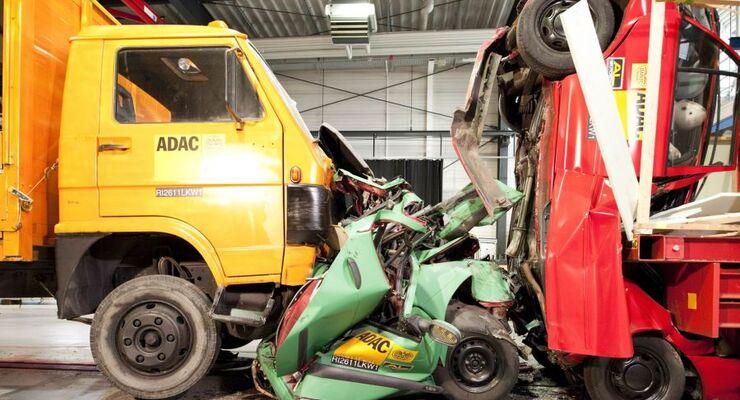 ADAC, Crashtest, Lkw, 2011