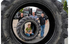 Altreifenlogistik mit Traumlastern, Reifen, Scania
