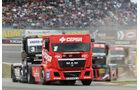 Antonio Albacete (MAN) gewinnt das erste Rennen am Sonntag.
