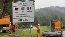 Aufstellung Schild Toll-Collect