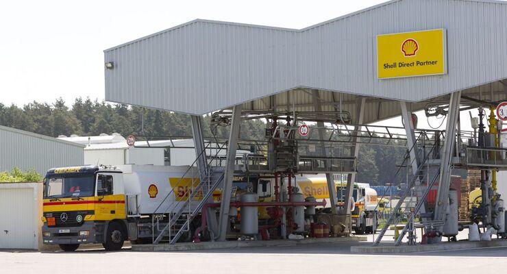 Befüllung Tanklastzug