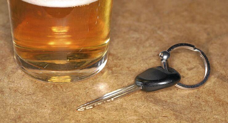 Betrunken  Auto fahren