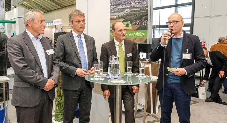 Diskussion Bayern Innovativ Dipl.-Ing. Wolfgang Müller, Vorsitzender der Geschäftsführung Deutsche Umschlaggesellschaft Schiene–Straße (DUSS) mbH, ???, Ferdinand Kloiber, Geschäftsführer Kloiber, ???
