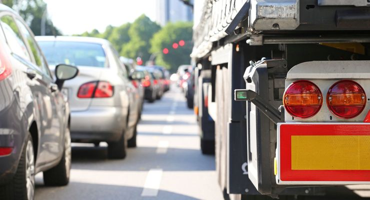 Fotolia, Stau, Diesel, Lkw, Straßenverkehr, Autobahn