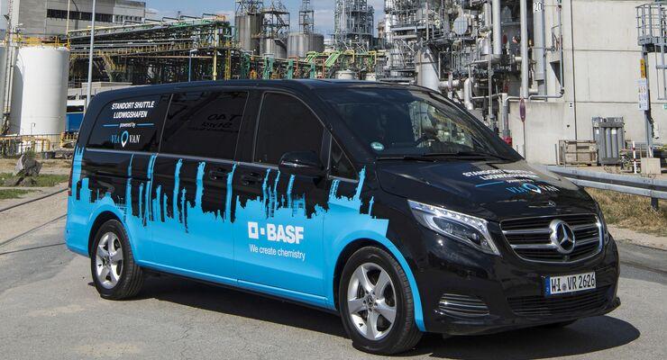 Gemeinsame Presseinformation Mercedes-Benz Vans und BASF: Mercedes-Benz Vans und BASF vereinbaren Zusammenarbeit im Bereich MobilitätMercedes-Benz Vans and BASF: Mercedes-Benz Vans and BASF agree cooperation in mobility sector
