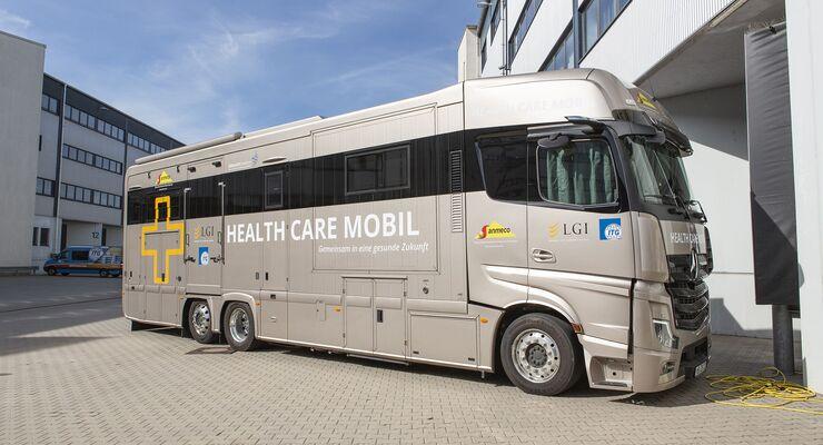 Gemeinsames Health Care Mobil der LGI und ITG