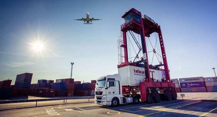 Hellmann kooperiert mit Cargo.one, Luftfracht, Hellmann Worldwide Logistics, Lkw