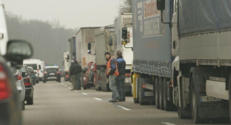 Lkw-Güterverkehr verdoppelt sich bis 2030