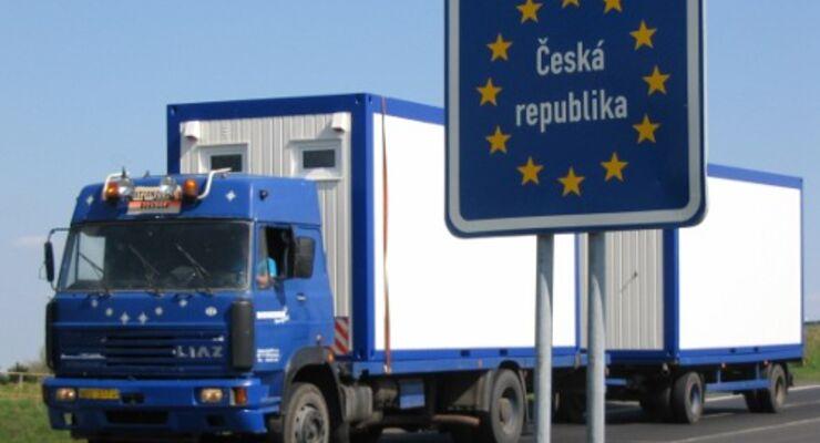 Lkw an der deutsch-tschechischen Grenze
