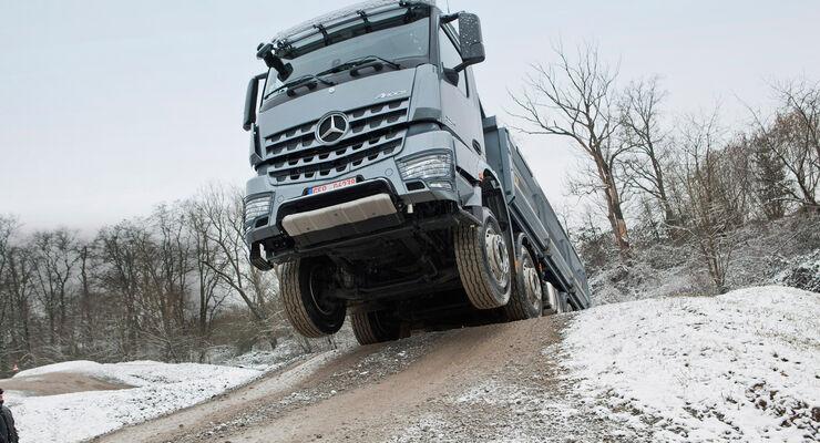 Mercedes Arocs 4142 und 4151