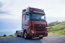 mercedes benz actros tests eurotransport. Black Bedroom Furniture Sets. Home Design Ideas