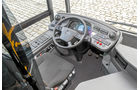 Mercedes Capa-City L, Arbeitsplatz, Cockpit