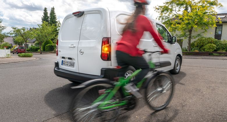 Opel Combo Cargo Surround Rear Vision