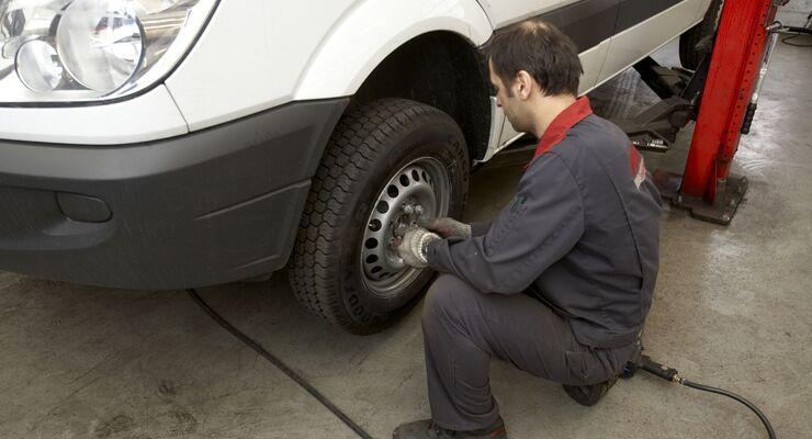 Reifenwechsel Transporter Reifenwechsel
