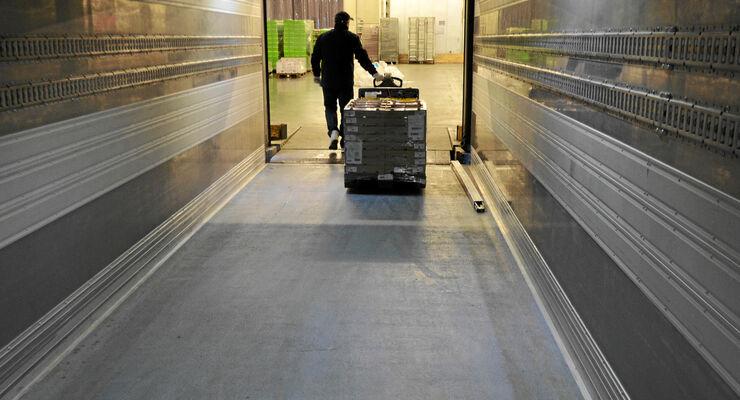 Report, Arbeitszeit, Abladen des Lkw