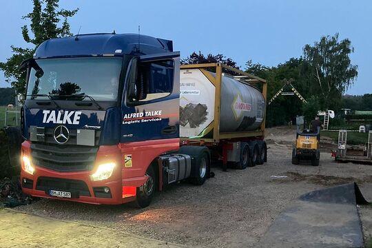 Talke startet Trinkwassertransport in Katastrophengebiet
