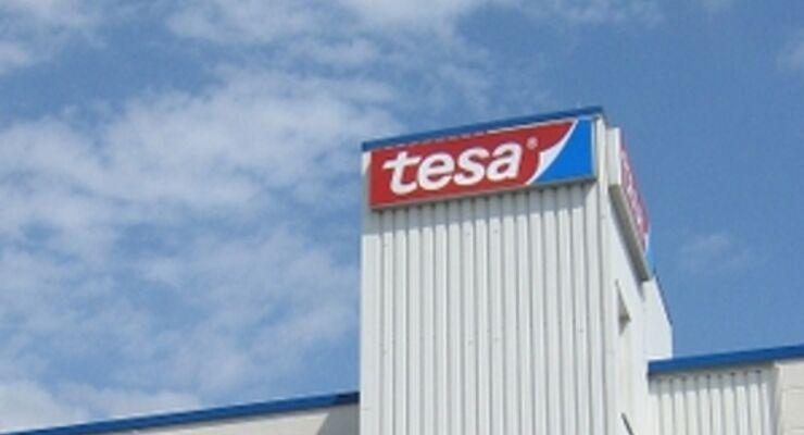 Tesa lagert Logistik an Dachser aus