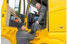 Testfahrer, Daimler Trucks, Testfahrer-Teams