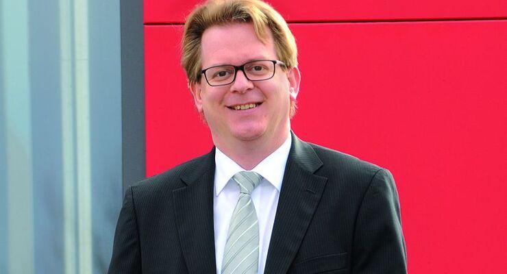 Wolfgang Schuster, KÖgel