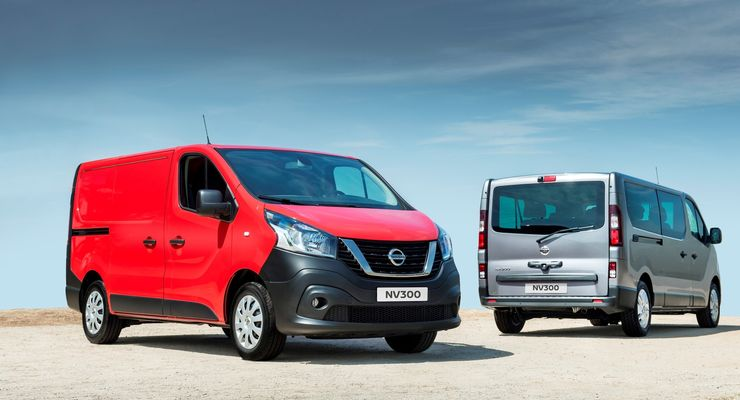 roter Nissan